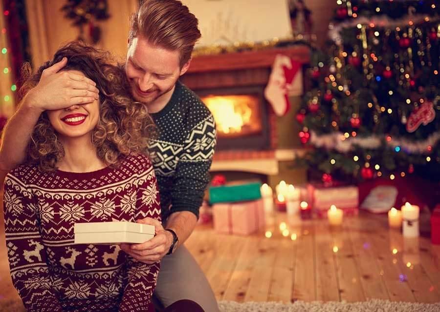 Svenska män mycket mer romantiskt inställda till jul än kvinnor
